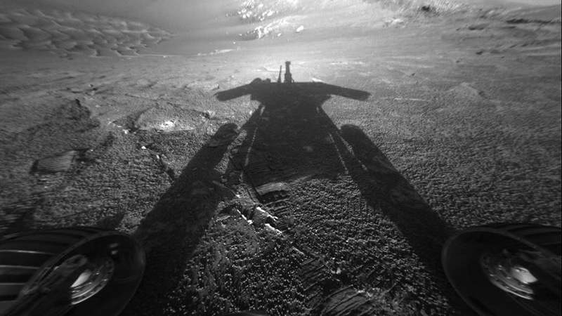 shadow of Opportunity rover