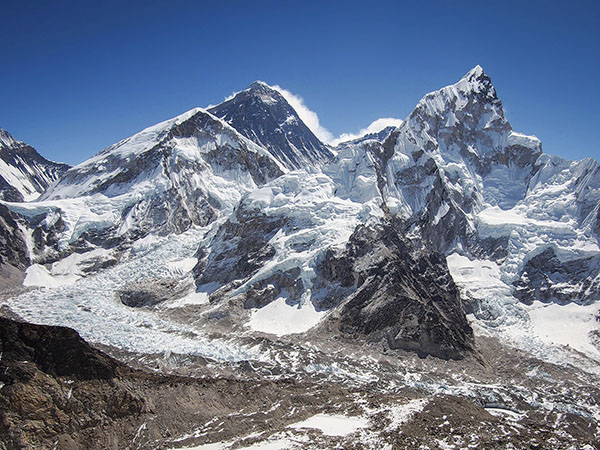 Mount Everest and nearby Himalayan Mountains